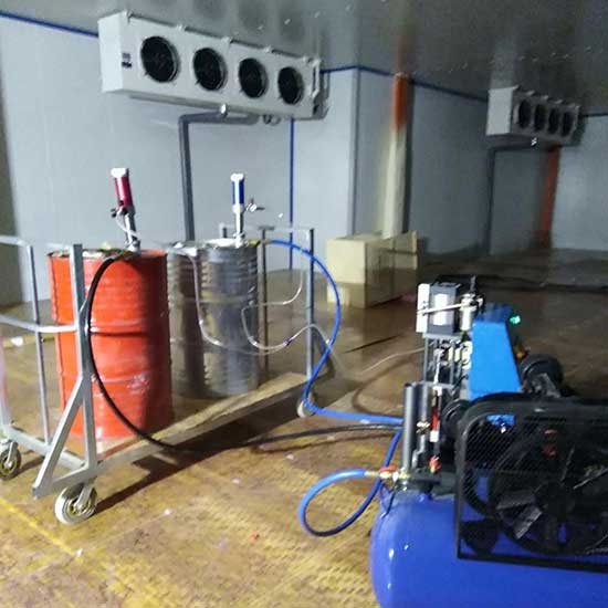 Q2600冷库喷涂保温气动聚氨酯喷涂设备