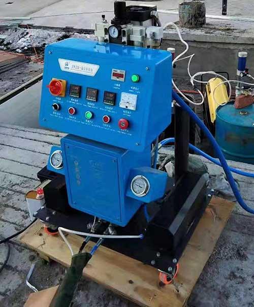 Q2600粮仓聚氨酯保温专用喷涂机
