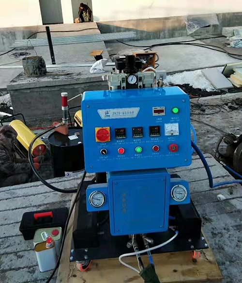 Q2600D热力管道灌注聚氨酯喷涂发泡机