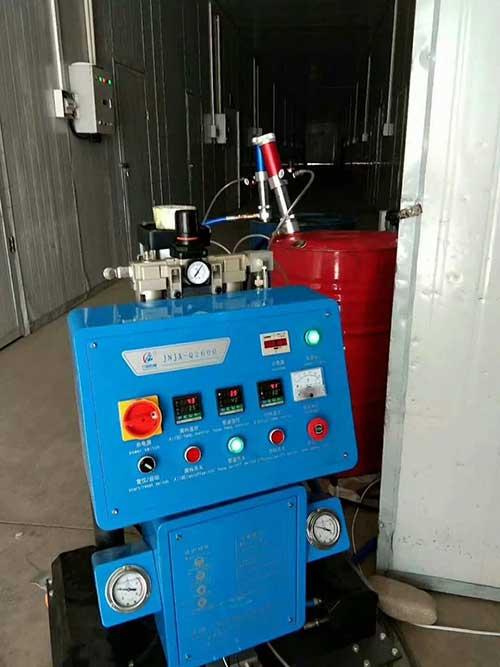 Q2600外墙喷涂保温材料机器