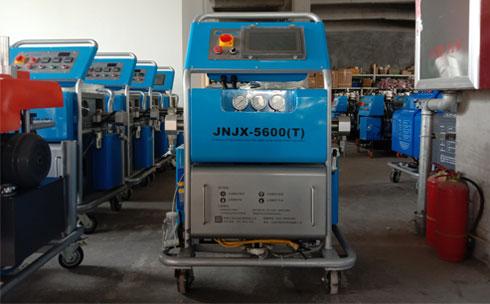 5600T-PLC外墙夹缝聚氨酯浇注施工设备