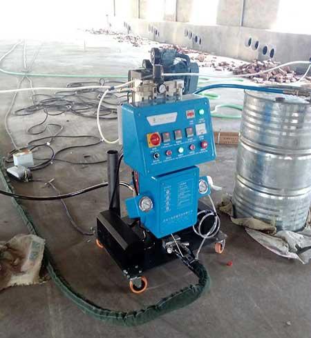 彩钢板养殖保温隔热喷涂机