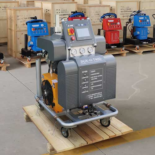 H-T40D轻钢别墅保温喷聚氨酯的机器