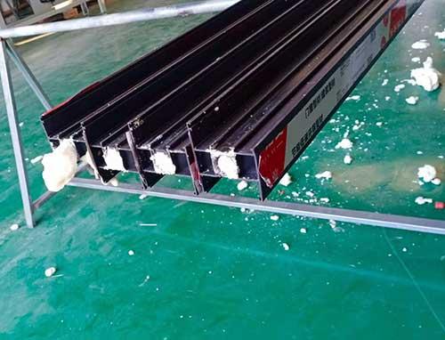 山西运城断桥铝发泡填充